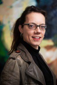 Pianist Anna van Nieukerken geeft pianoles